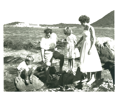 Wladeck and Mabel Wagner and children.